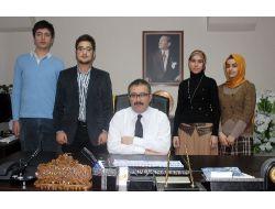 Farazi Dava Yarışması'na Zirveli Hukuk Öğrencileri Damga Vurdu