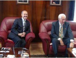 Vali Büyükersoy'dan Başkan Dede'ye İade-i Ziyaret