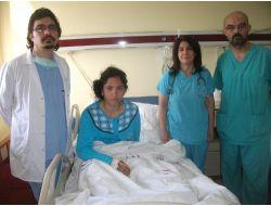 Diyarbakır'da Bölgenin İlk Uyanık Beyin Ameliyatı Yapıldı