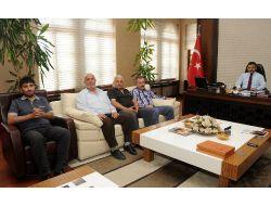 Muhtarlardan Başkan Külcü'ye Kutlama Ziyareti