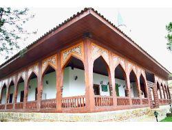 Erbaa Park Vadide Bin Yıllık Tarihi Caminin Benzeri Yapılacak