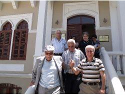 Yaşar Kemal, Karacaoğlan Edebiyat Müze Kütüphanesi'ni Ziyaret Etti