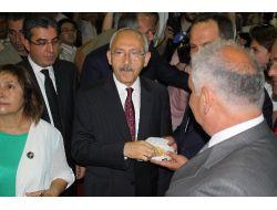 Kılıçdaroğlu:Kocaoğlu İzmire Hizmet Etmeyi Sürdürecektir
