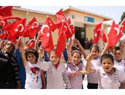 Köy Okulunda Festival Havasında Şiir Dinletisi Programı