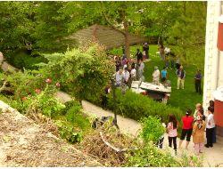 Aynı Sitenin Bahçesine 7. Kez Araç Uçtu: 3 Yaralı