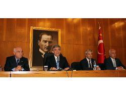Gül: Türkmenistanda Çok Sayıda Anlaşma İmzalayacağız