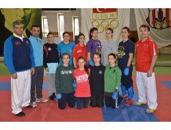 Kadınlar Karate Milli Takımı Mersin Yolunda