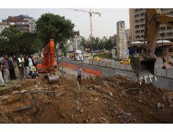 Sırrı Süreyya Gezi Parkı'ndaki Çalışmaları Durdurdu