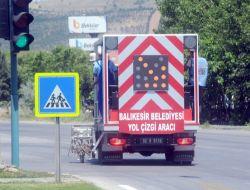 Balıkesirde Şehiriçi Trafik Çizgileri Yenileniyor
