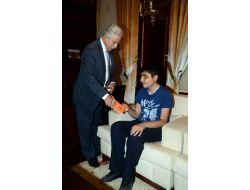 Engellilerden Aldırmaz'a Teşekkür Ziyareti