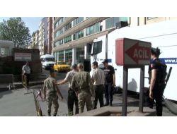 Polisten, Manevra İzni Vermeyen Askere 'gazlı' Tehdit