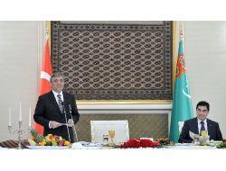 Cumhurbaşkanı Güle Türkmen Gelini Sürprizi