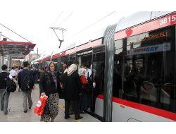 Kayseride Her Gün 350 Bin İnsan Toplu Taşımadan Yararlanıyor