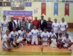 Turhal Kaymakamlık Kupasını Kaf-der Aldı