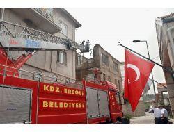 150 Yıllık Bina Tehlike Oluşturduğu Gerekçesiyle Yıkıldı
