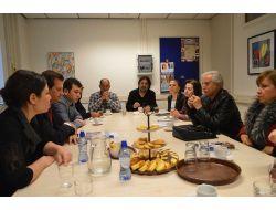 Adanalılar Hollandaya Çıkarma Yaptı