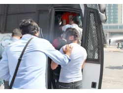 Gezi Parkı Protestosunda Eylemciler Gözaltına Alındı