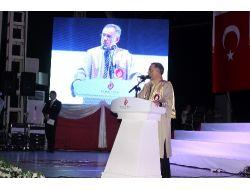 Turgut Özal Üniversitesi, Mezunlarını Görkemli Törenle Uğurladı