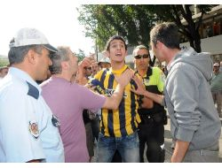 Gezi Parkı Eylemcilerine Polis Değil Sınava Gidemeyen Vatandaş Müdahale Etti
