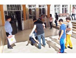 Gevher Hatun Kolejinden Polis Ve Kimlik Kontrollü Sbs Provası