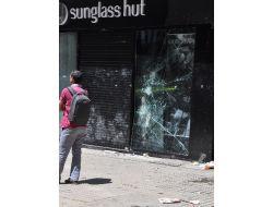 İstiklâlde Protestolardan Geriye Yağmalanan Dükkanlar Kaldı
