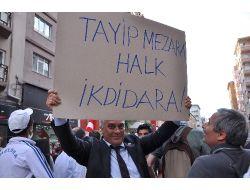 Chp'li Meclis Üyesi'nden 'tayyip Mezara, Halk İktidara' Pankartı