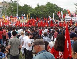 Eylemciler Yeniden Taksimde..