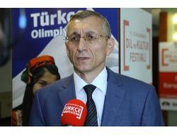 Türkologlar, Türkçe Olimpiyatları'nın Geleceğini Tartıştı