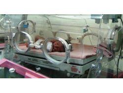 Hırsızlık Yapan Kadının Doğum Sancısı Tutunca Polis Sahip Çıktı