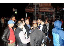 Göstericileri Polis Müdürü İkna Etti!