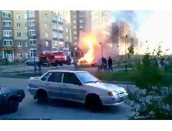 Rusya'da Sahipsiz Aracın Patlaması Yürekleri Ağızlara Getirdi