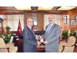 Sinop Üniversitesi Rektöründen Vali Köşgere Ziyaret