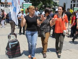 Bursada Kesk Üyeleri Taksim Gezi Parkı İçin Yürüdü