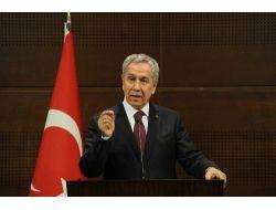 Arınç Taksim Platformu Heyetini kabul ediyor..