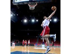 A Milli Basketbol Takımı Hazırlıklarını Sürdürdü