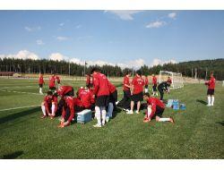 U20 Milli Takımı, Fenerbahçe Topuk Yaylası Tesislerinde Kampa Başladı