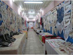 Eflani Halk Eğitim Merkezi Yıl Sonu Sergisi Açtı