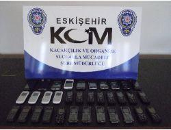 Eskişehir'de Kaçak Cep Telefonu Ve Sigara Operasyonu