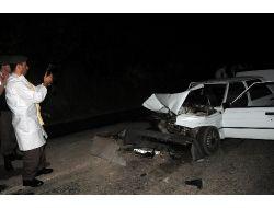 Park Halindeki Tıra Arkadan Çarpan Otomobilin Sürücüsü Öldü