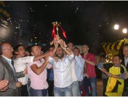 Tavas Birlikspor Başarısını Kutladı