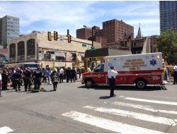 Philadelphiada Çöken Binanın Enkazından 12 Kişi Kurtarıldı