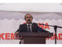 Vali Coş: Bayrağı Üzerine Dolayarak Polise Taş Atanlar Vatansever Olamaz!