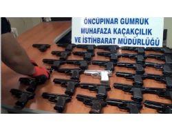 Suriyeye Giden Araçta 31 Adet Silah Ele Geçirildi