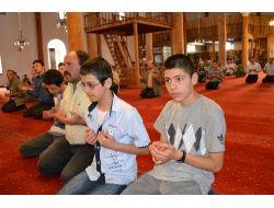 Sbs Ve Lysye Girecek Öğrenciler Dua Etti