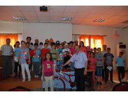 Ceyhan Işık Dershanesi Öğrencilerine Anlamlı Ödül