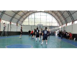 Aydıncıkta Kurumlar Arası Voleybol Turnuvası Düzenlendi