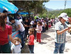 Köy Çocukları Şenlikte Gönüllerince Eğlendi