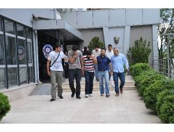 Sahte Polise Kimlik Soran Vatandaş, 4 Dolandırıcıyı Yakalattı