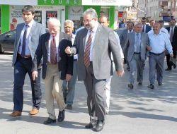 Chp'li Milletvekilleri Duruşma İzlemek İçin Kayseri Adliyesi'ne Geldi