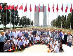 Bin 915 Genci Çanakkale'ye Götürdü